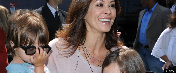 BROOKE BURKE NAKED MOM