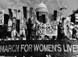 21 Inspirational Images Of Women Standing Up For The Right To Choose