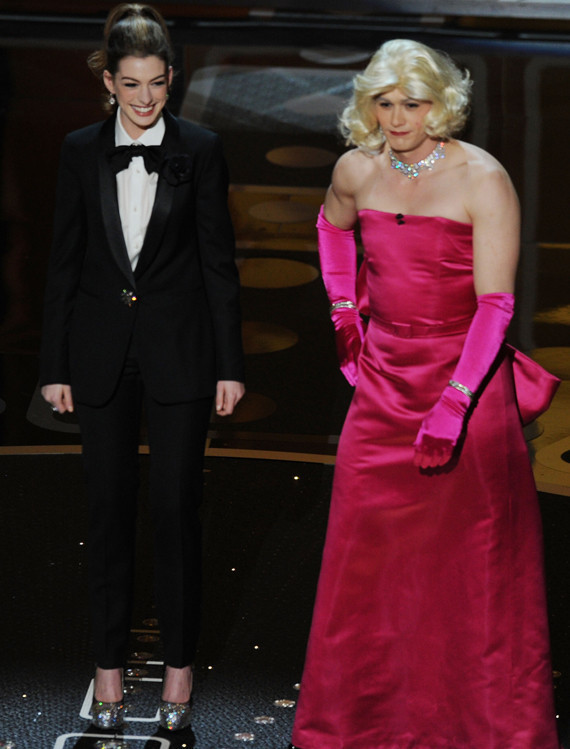 James Franco In Drag, Channels Marilyn Monroe At The Oscars | HuffPost