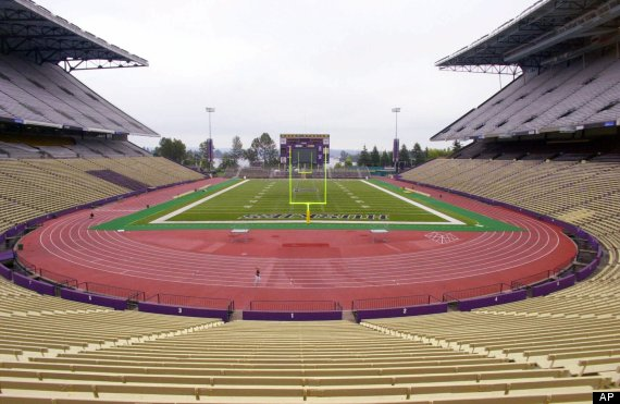 seahawks husky stadium