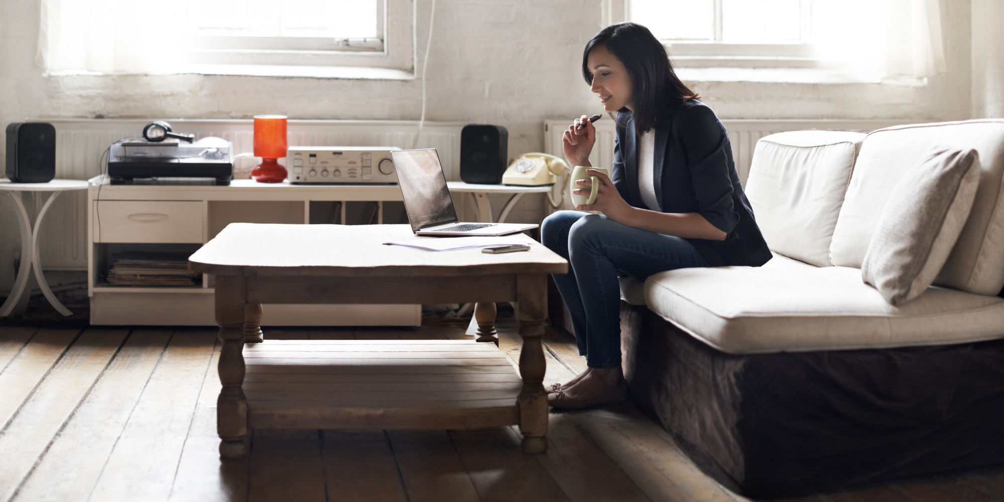 http://www.huffingtonpost.com/2015/01/27/work-from-home-health_n_6546838.html?ref=topbar