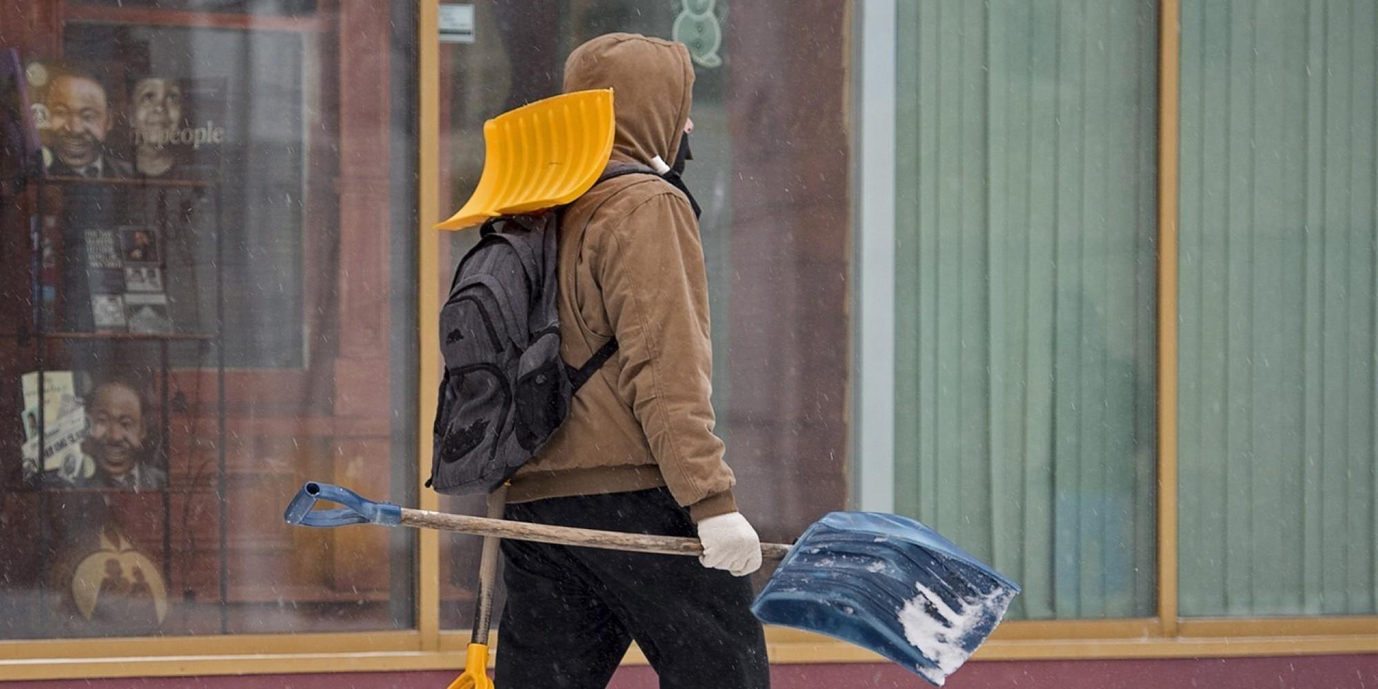 Tempête en Atlantique: des fermetures et des vols annulés (VIDÉO) - Le Huffington Post Quebec