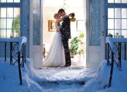 15 Snowy Wedding Photos In Honor Of Snowpocalypse