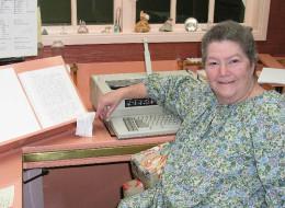 Author Of 'The Thorn Birds' Dies