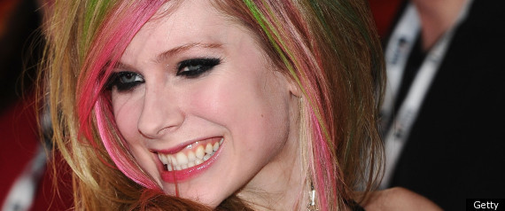 avril lavigne husband cheats. Avril Lavigne On Ex-Husband Deryck Whibley: 'He's Family To Me'