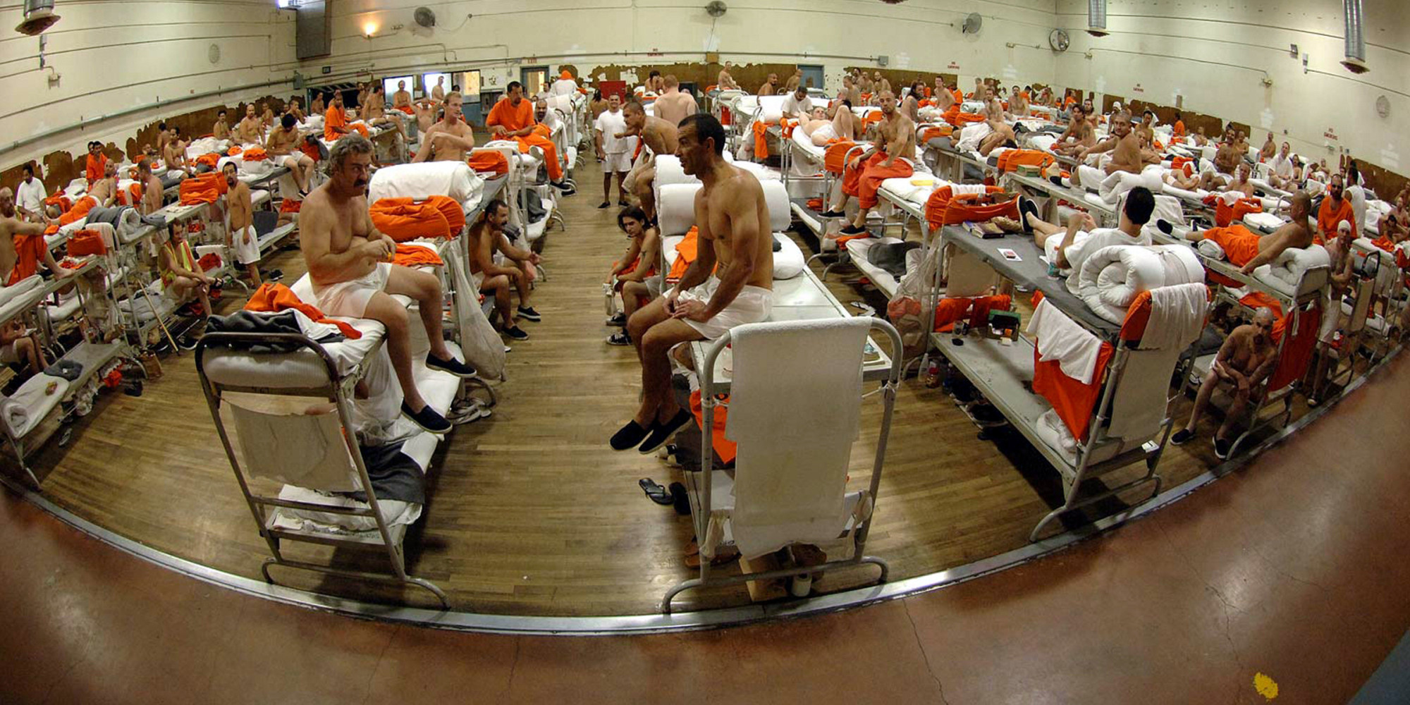 an essay on overpopulation in the prisons of america The overcrowding of prisons essays  prison overcrowding in america's tough economic society, over population has become an exceedingly hot topic issue however .