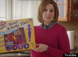 'SNL' Takes On Sexist Super Bowl Stereotypes In The Best Way