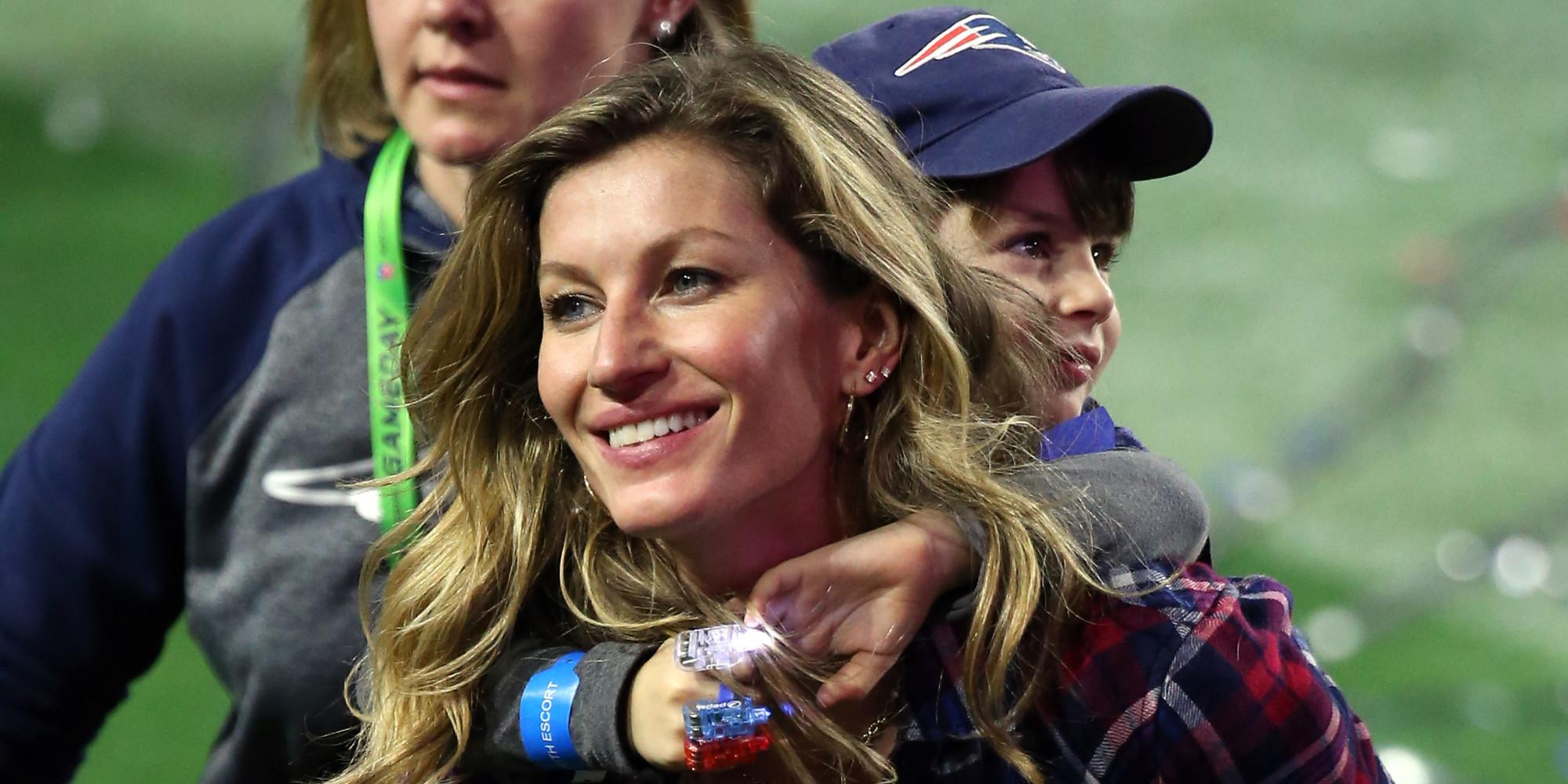 Gisele Bundchen Congratulates Husband Tom Brady On Super ... Gisele Bundchen Facebook