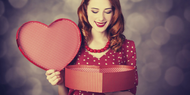 Valentine\'s Day Gift Ideas For Her: Treat The Love Of Your Life To ...