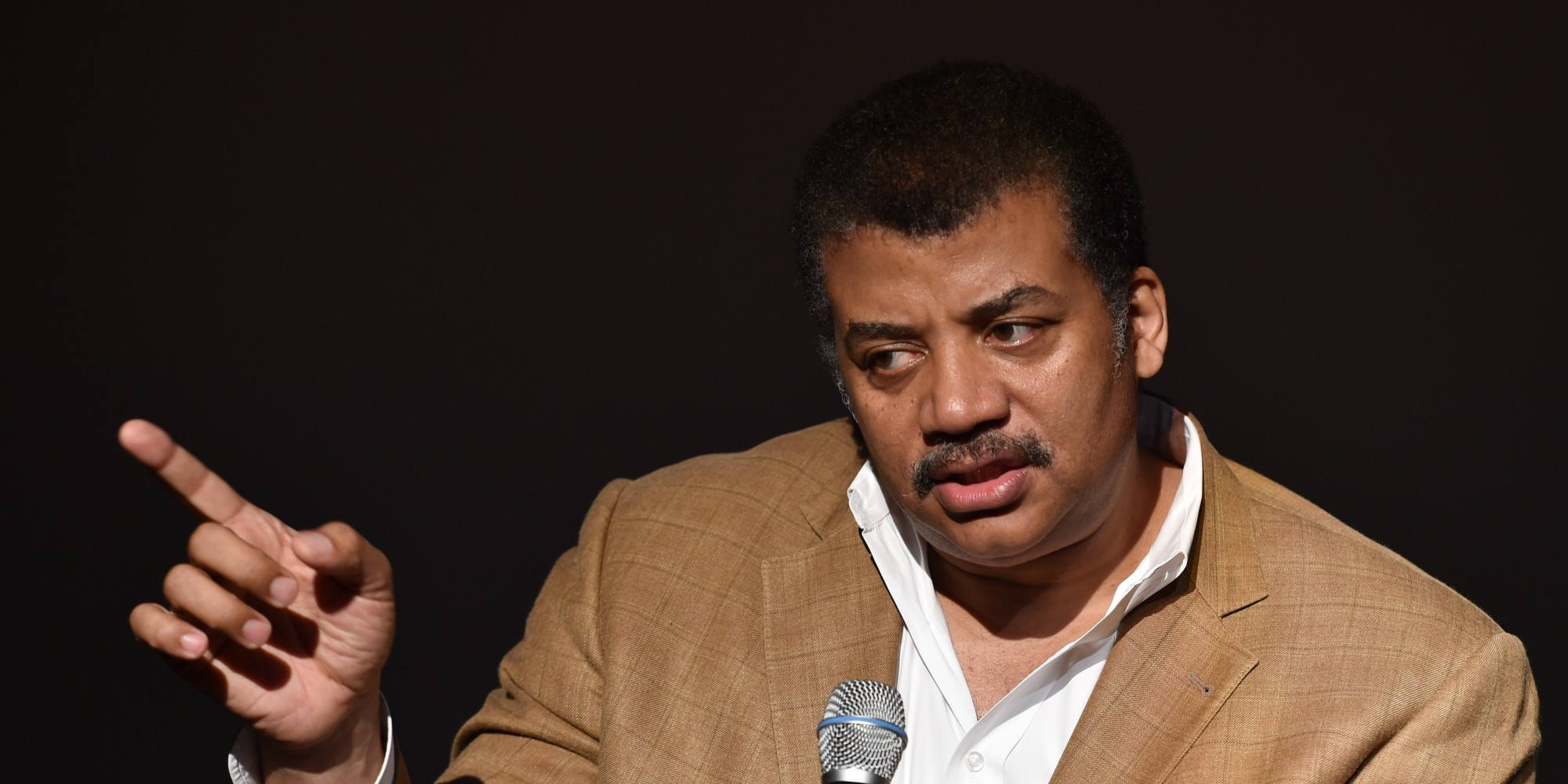 Neil deGrasse Tyson Sounds The Alarm Over Science ...