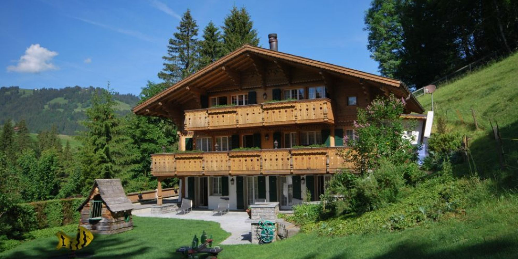 photos  johnny hallyday  son chalet de gstaad est en vente pour 9 5 millions d u0026 39 euros