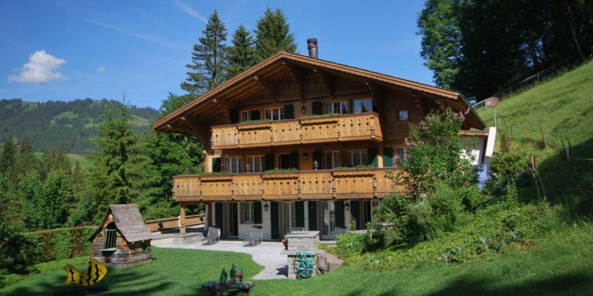 photos  johnny hallyday  son chalet de gstaad est en vente pour 9 5 millions d u0026 39 euros
