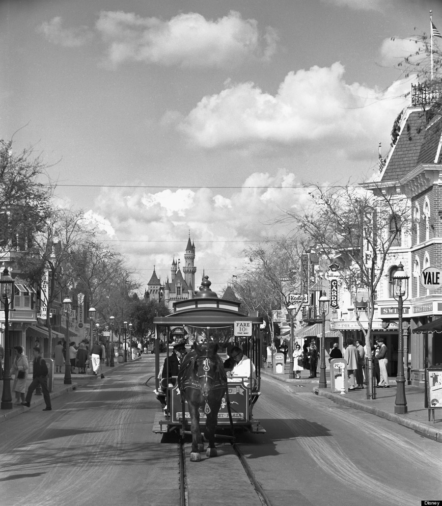 11 Things You Never Knew About Disneyland\'s Main Street U.S.A. ...