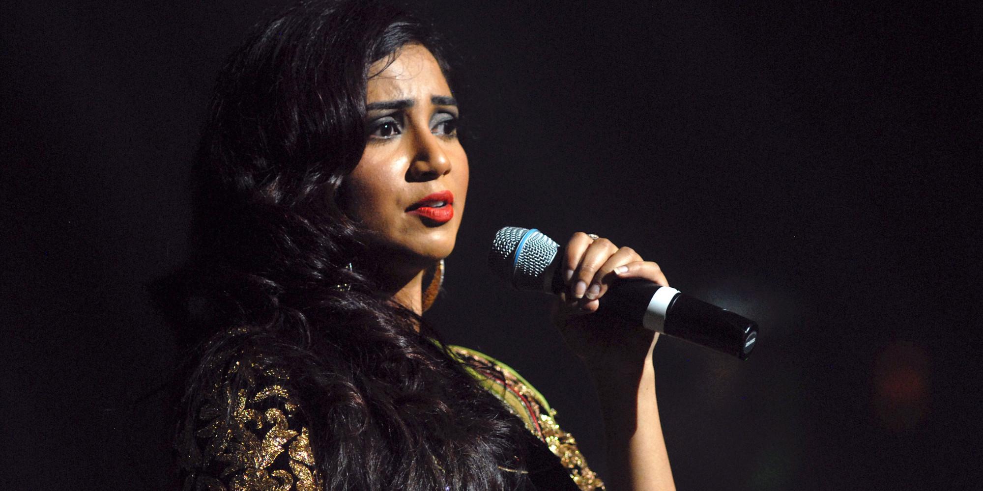 Singer Shreya Ghoshal Marries Childhood Sweetheart Shiladitya