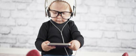Smartphones beeinträchtigen die entwicklung von kleinkindern