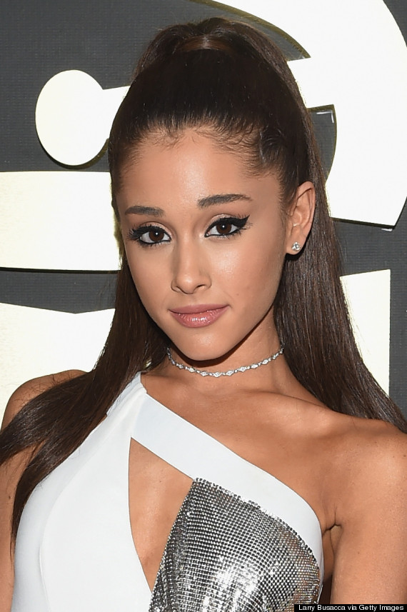 Ariana Grande's Grammy Dress 2015 Is A White Hot Versace Design With Chain Metal | HuffPost