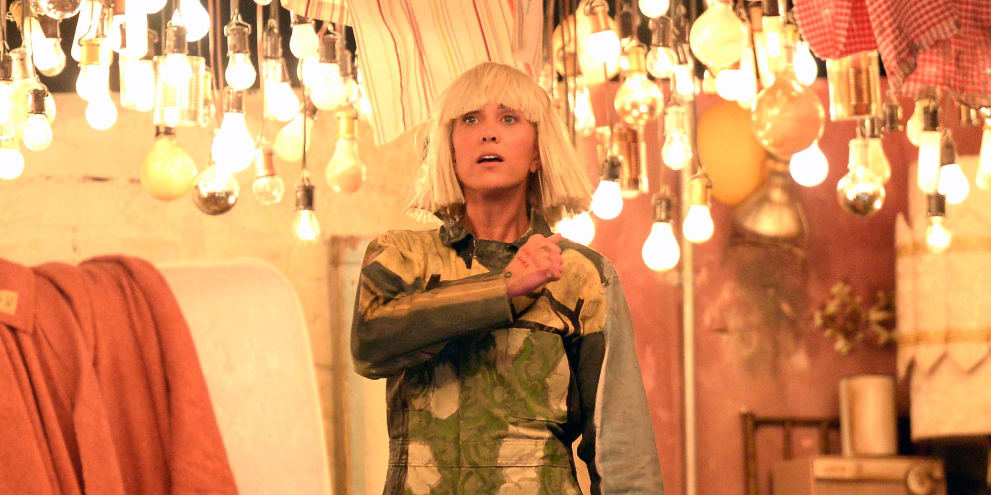 maddie wiig Kristen Wiig & Maddie Ziegler Turn Sia's Grammys Performance Into The Best 'SNL' Sketch Of The Year | The Huffington Post