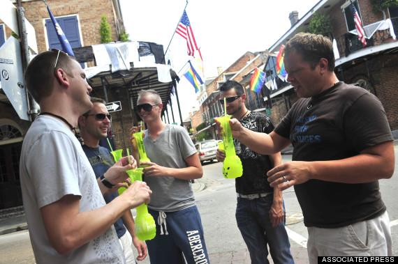 bourbon street drinking