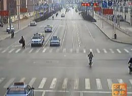 http://i.huffpost.com/gen/261651/thumbs/s-CHINA-TRAFFIC-ACCIDENTS-large.jpg
