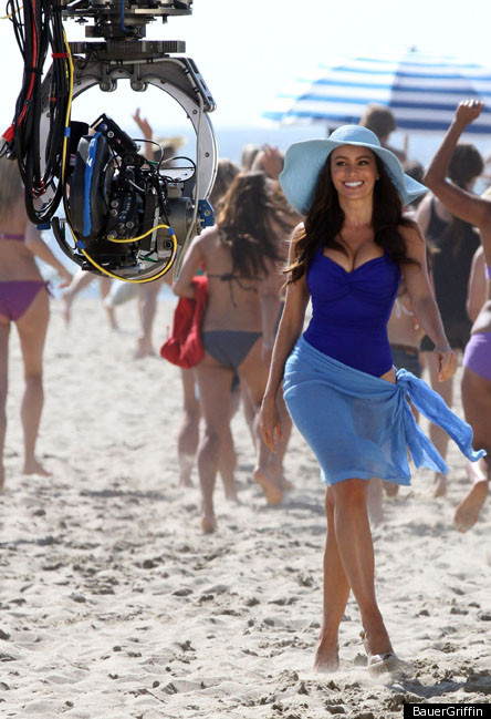3af0d21058596 Sofia Vergara In A Swimsuit For Pepsi (PHOTOS) | HuffPost