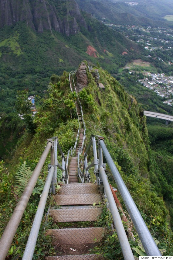 Hawaii S Most Epic And Illegal Hike May Be Gone Forever Huffpost