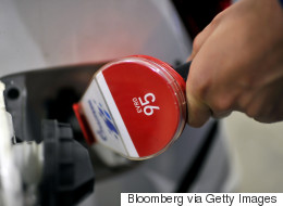3 Reasons Why Americans Should Be Cautious of $2 Gas Prices