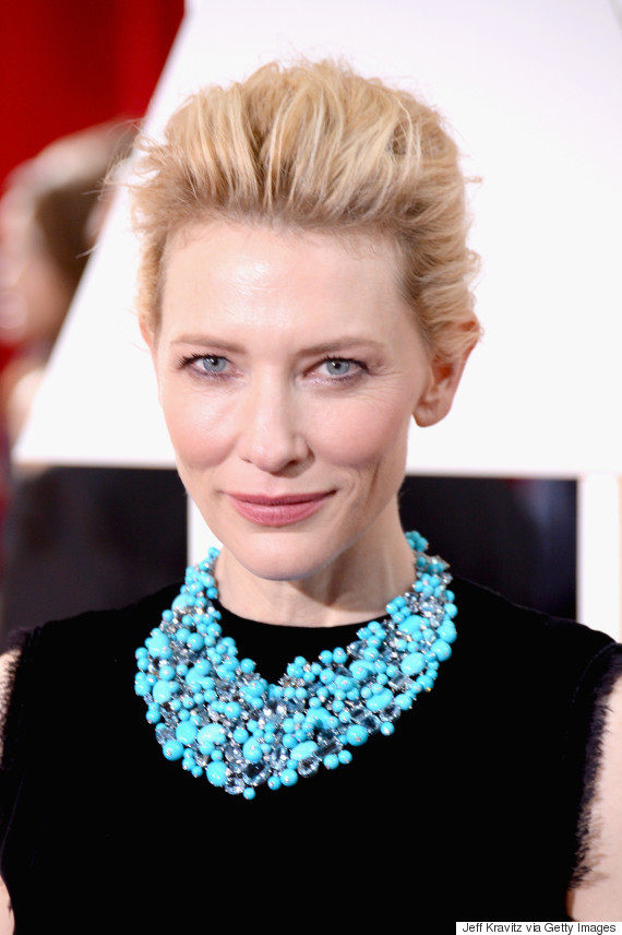 Necklaces Made A Statement On The 2015 Oscars Red Carpet