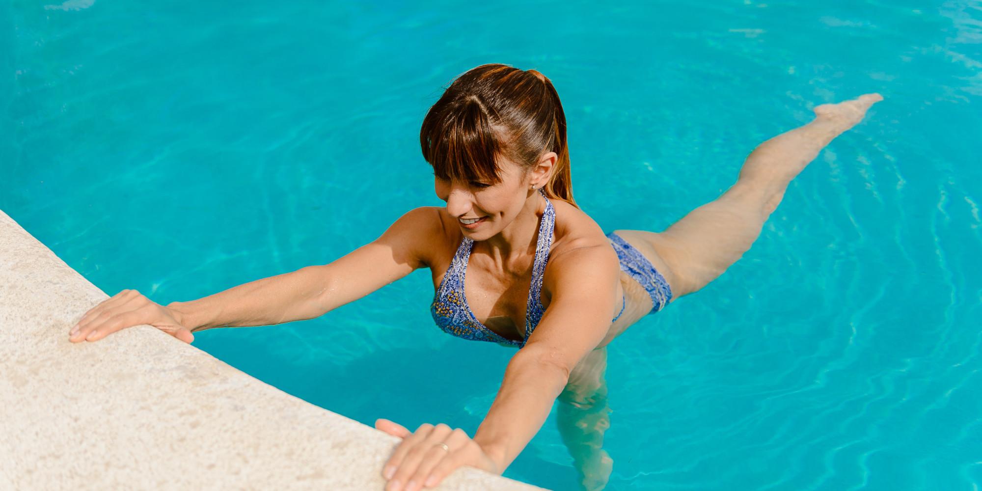 10 beneficios de los ejercicios en el agua huffpost for Se hacen piscinas