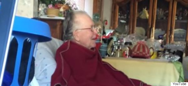 Grandpa With Dementia Can't Follow Most TV Shows, But Boy Does He Love 'Jackass'