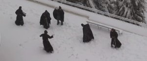 MONKS GET INTO SNOWBALL FIGHT