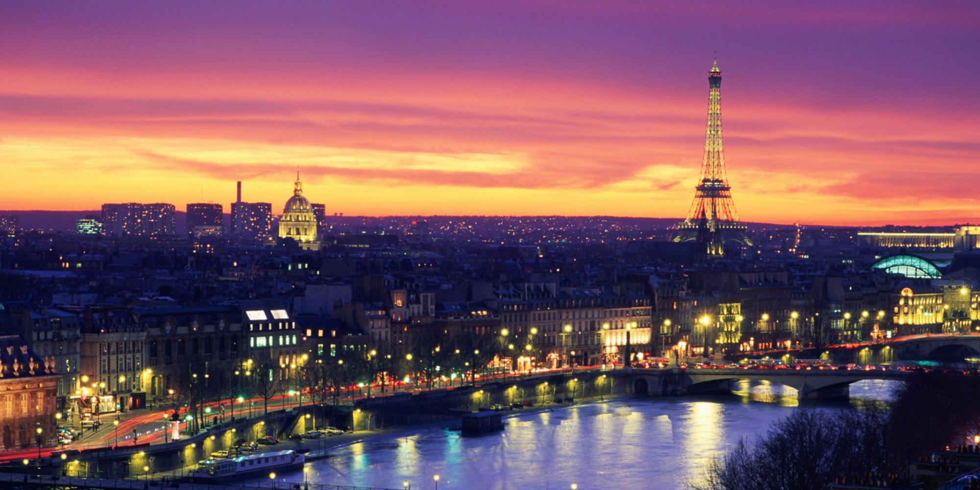 on night in paris