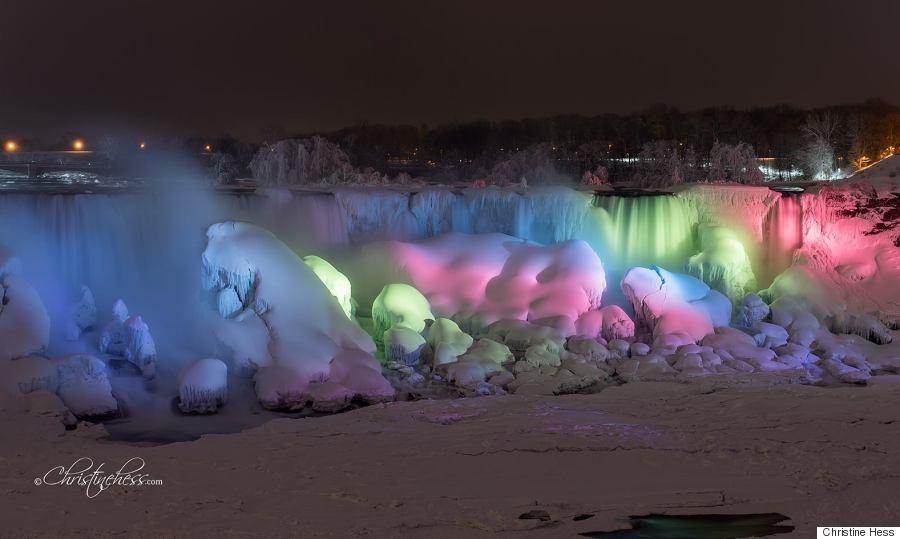 niagara falls frozen rainbow