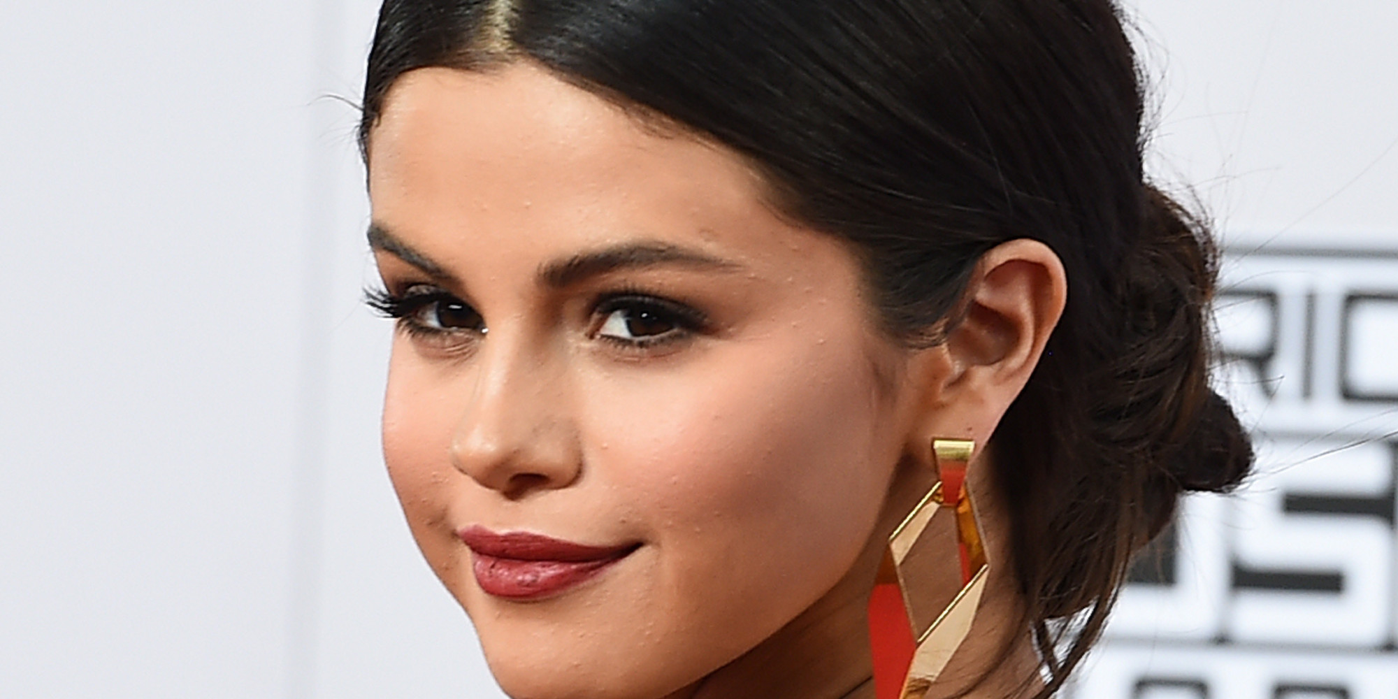 Selena Gomez Posts Moving Comment On Instagram To Remind ...