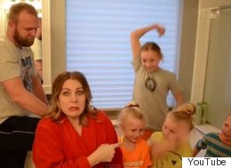 Moms Turn 'Uptown Funk' Into An Anthem About Bath-Time Battles