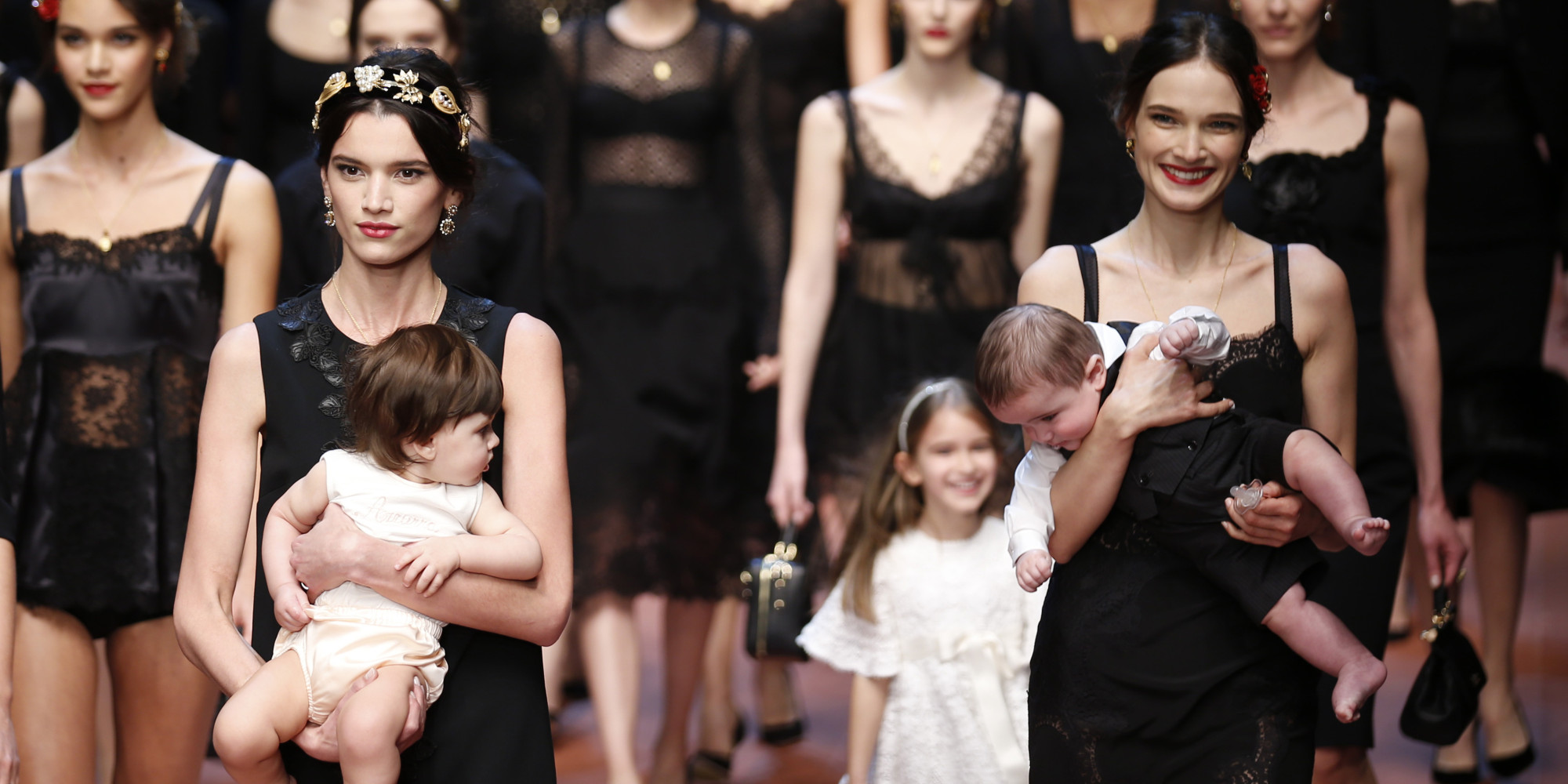 Dolce & Gabbana's Fall 2015 Show Celebrates 'Mamma' With Baby ...