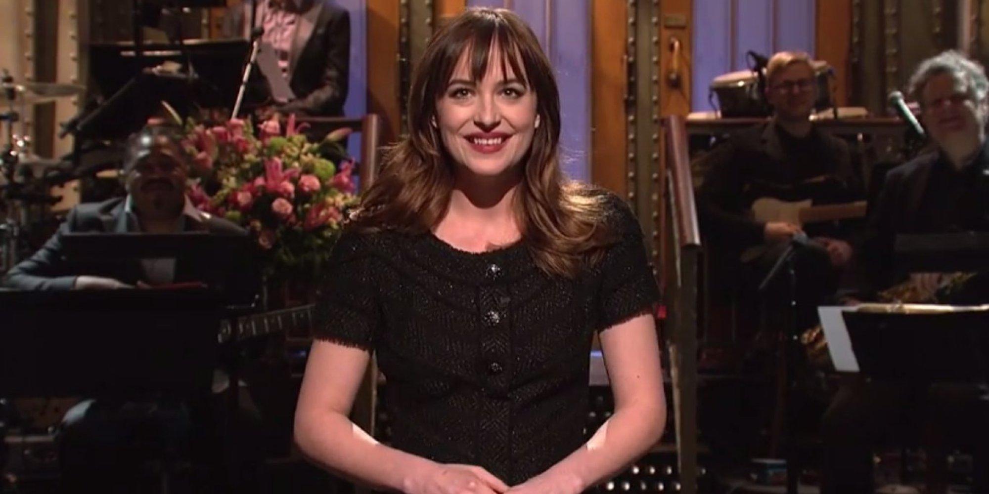 ... Don Johnson Reunite For Dakota Johnson's 'SNL' Monologue | HuffPost