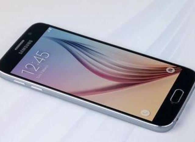 photos galaxy s6 prix date de sortie caract ristiques tout sur le nouveau smartphone de. Black Bedroom Furniture Sets. Home Design Ideas