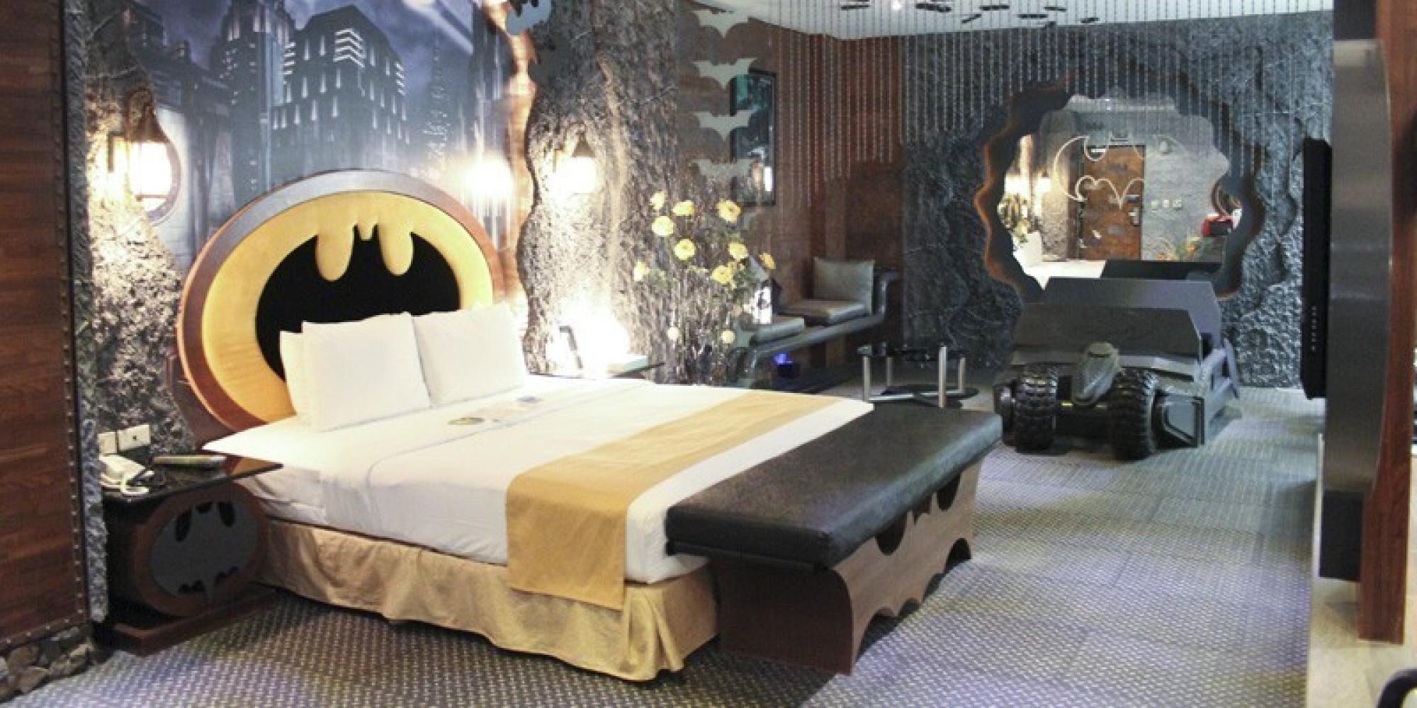 Eden Motel S Batcave Suite Is The Batman Themed Hotel Room