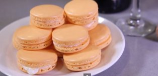 How To Make Mimosa Macarons With Champagne Butter Cream