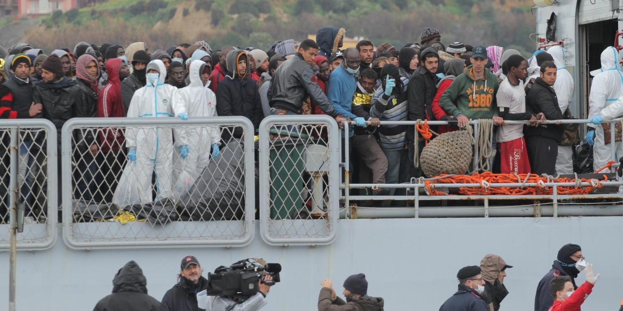 Palermo, sbarcati 652 migranti$