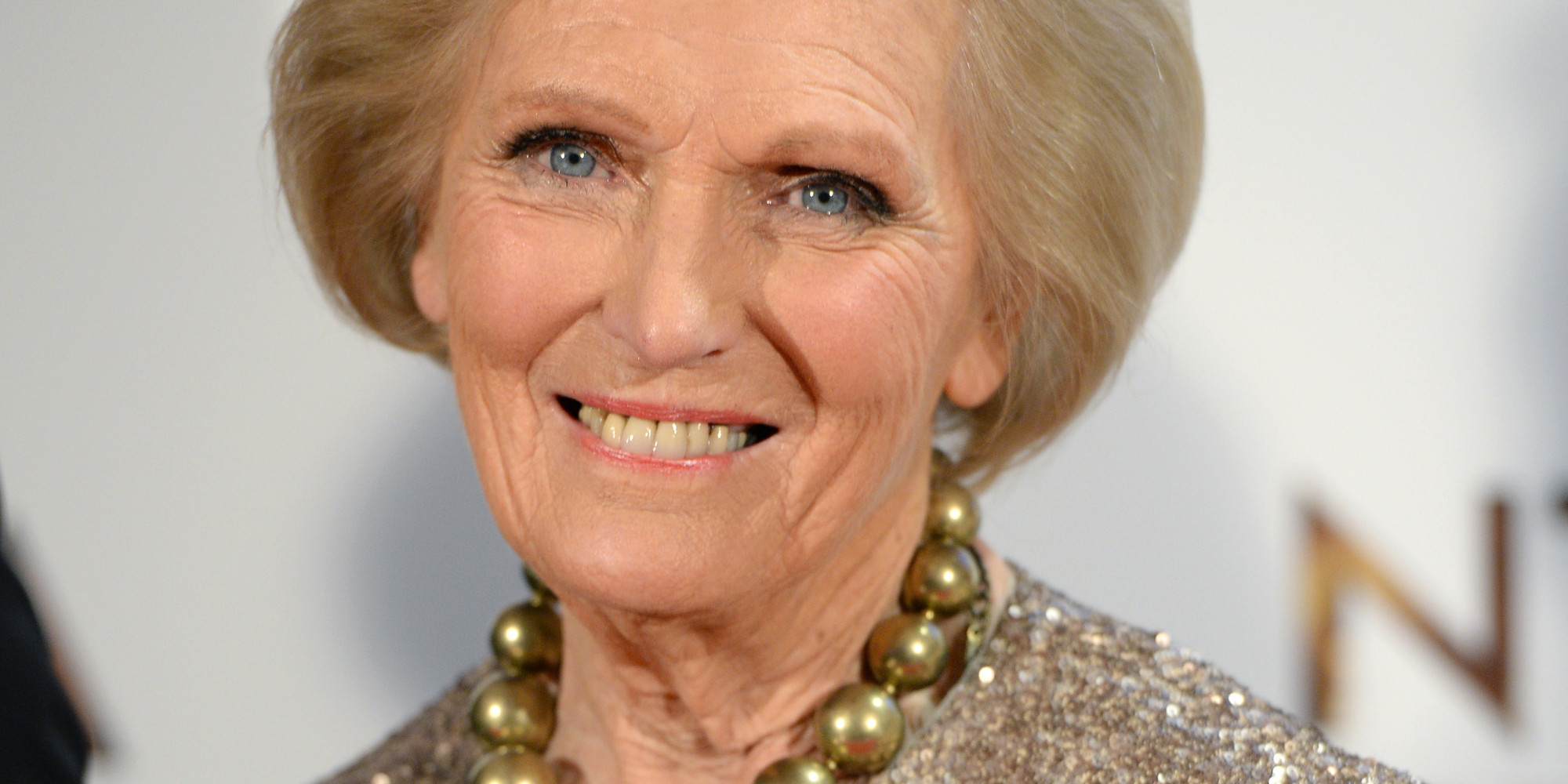 Mary berry says she 39 can 39 t bear the thought 39 of retiring for Mary berry uk