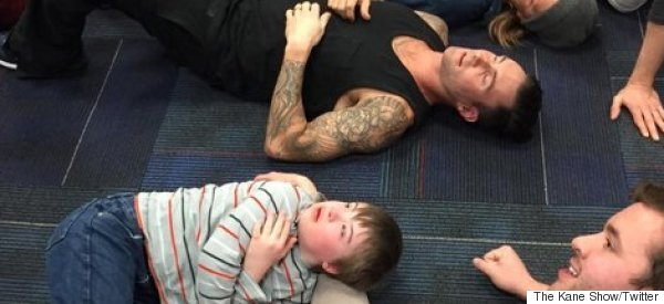Adam Levine Calms Young Starstruck Fan In The Cutest Way