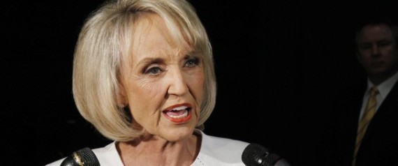JAN BREWER VETO BIRTHER BILL GUNS ON CAMPUS BILL