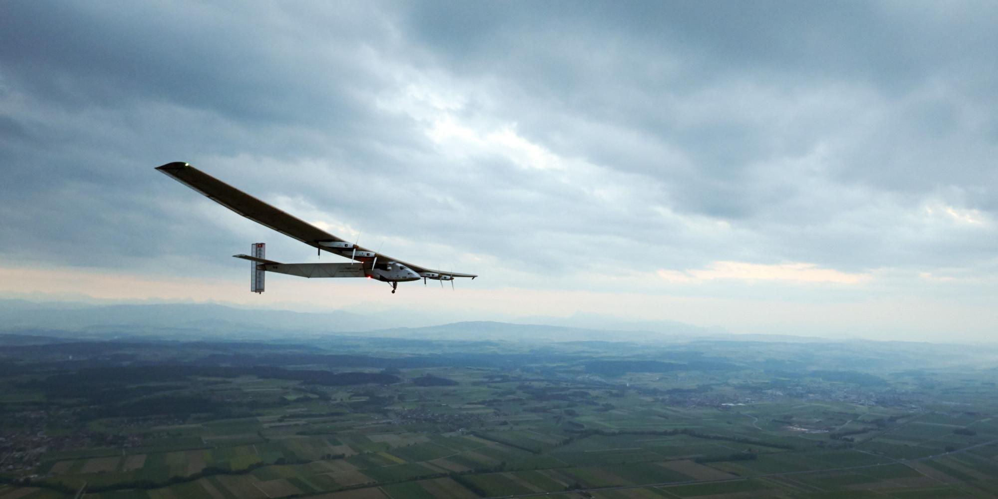 infographie  solar impulse 2  l u0026 39 avion  u00e0  u00e9nergie enti u00e8rement solaire  entame son tour du monde