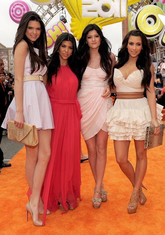 kendall kylie jenner at 39 prom 39 premiere photos huffpost. Black Bedroom Furniture Sets. Home Design Ideas