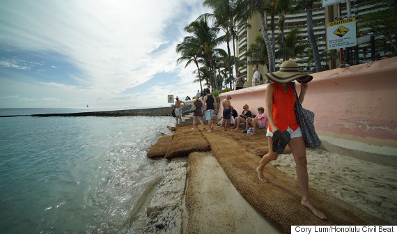 waikiki beach eroded