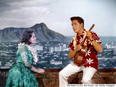 5 Reasons America Became Obsessed With Hawaii In The '60s