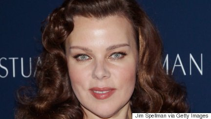 'Younger' Actress Debi Mazar LIVE