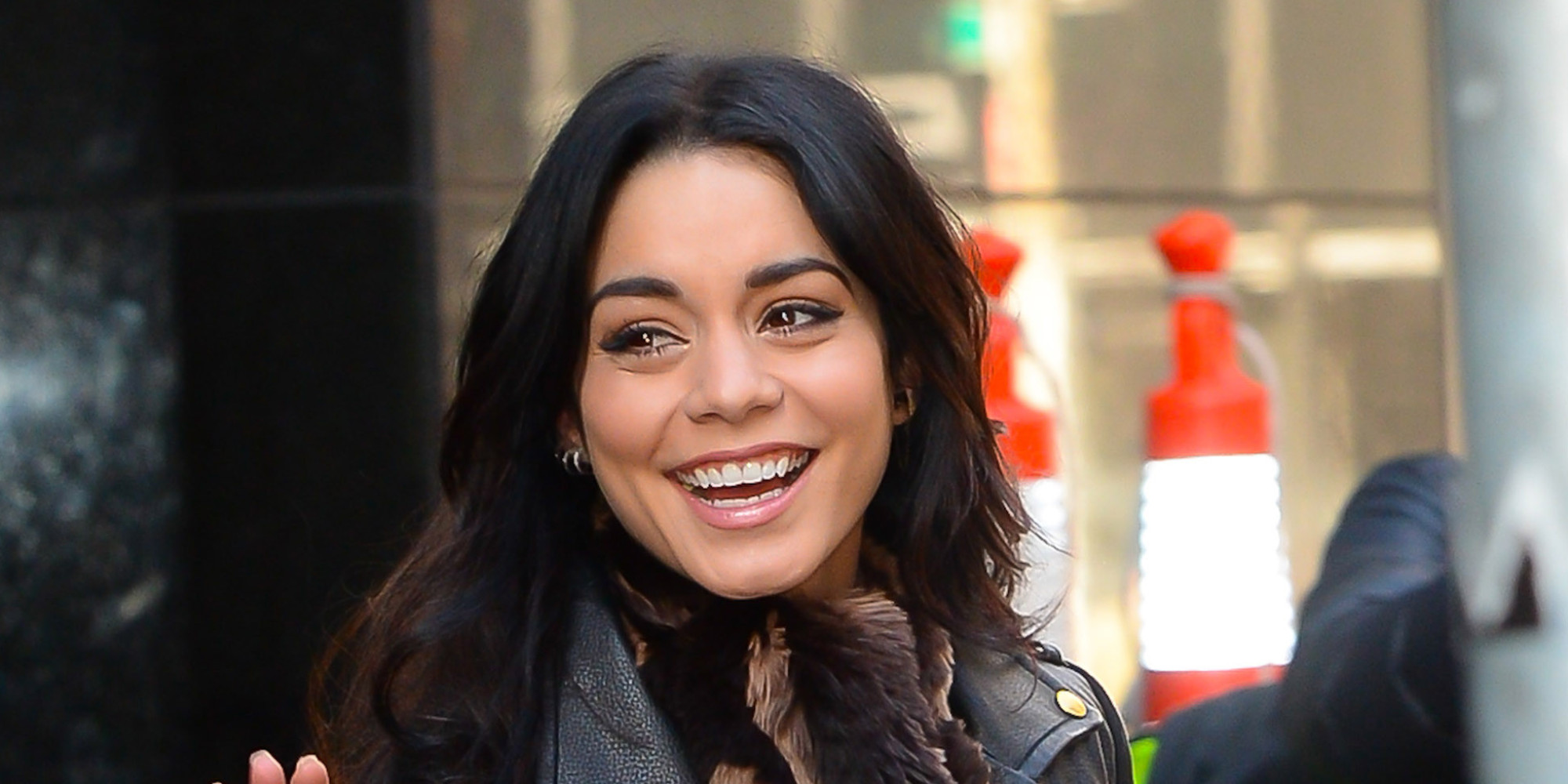 Vanessa Hudgens Chops Her Hair Into A Blunt Bob | The Huffington Post