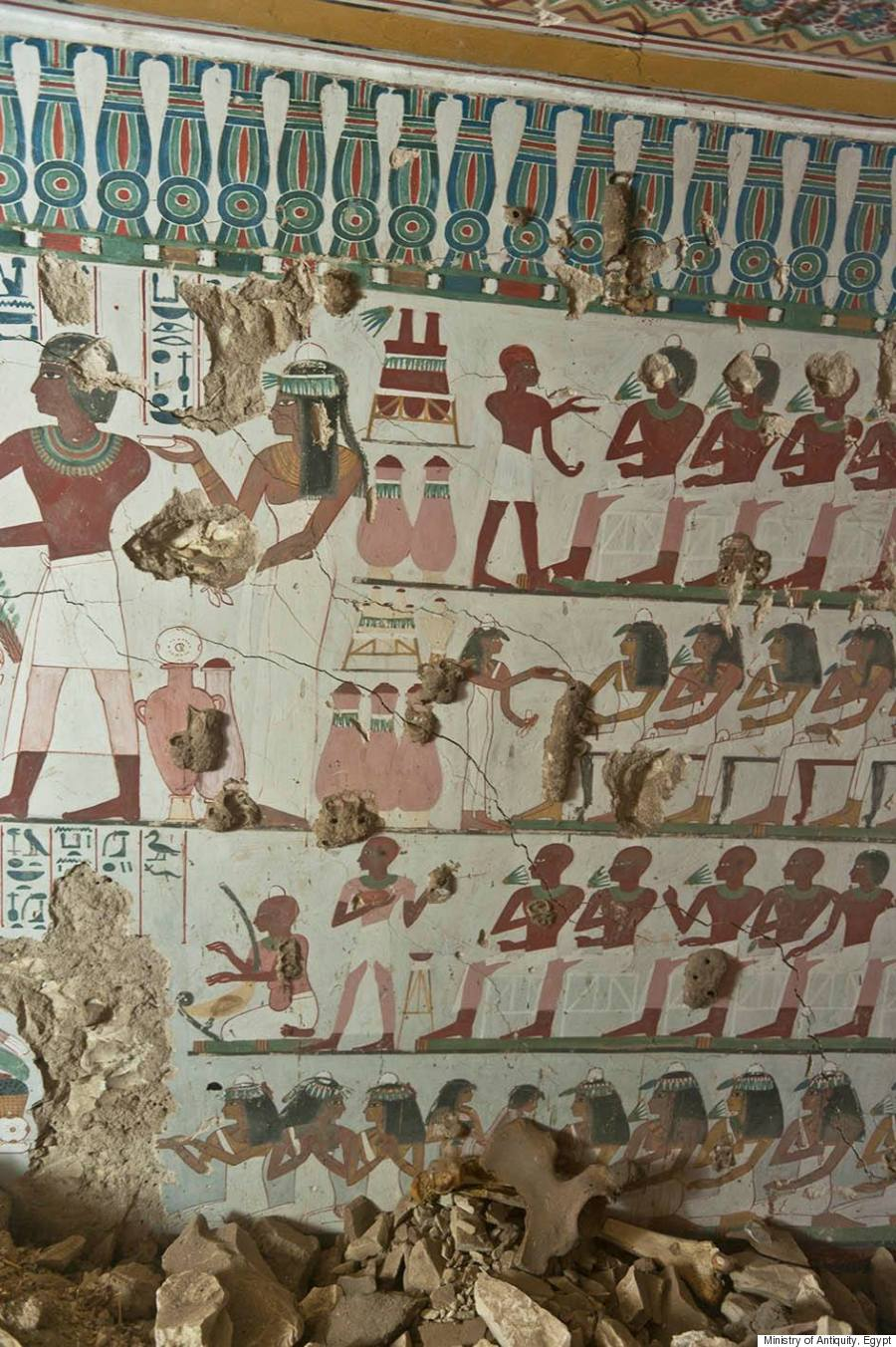 Ancient egyptian tombs with eye popping murals discovered for Egypt mural painting